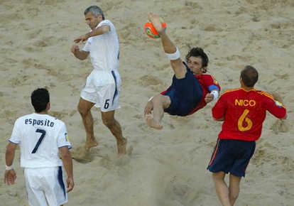 Il beach soccer infiamma la spiaggia di viareggio - Bagno caterina viareggio ...