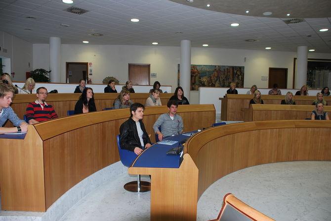 Italia germania gemellaggio tra universit - In diversi paesi aiutano gli studenti universitari ...